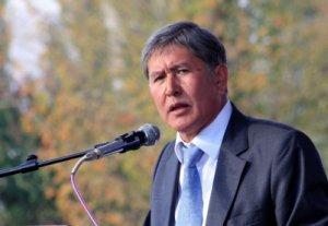 Алмазбек Атамбаев: Неважно, чей человек — акаевский или бакиевский — работать должны специалисты
