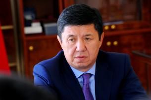 Темир Сариев: Одна партия прибрала все рекламные билборды в Бишкеке