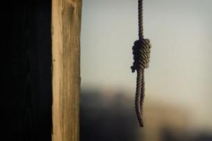В Джалал-Абаде повесился восьмиклассник