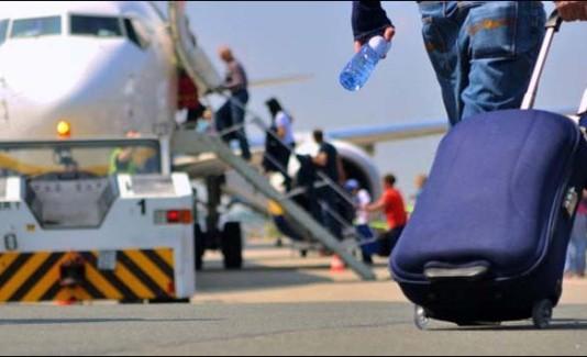 Опрос: Кыргызская молодежь предпочитает мигрировать в США и Европу