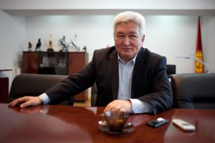 Феликс Кулов: Прежние методы неэффективного управления надо «выбросить в корзину»
