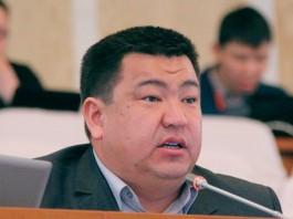 Исхак Пирматов сдал депутатский мандат, его место займет бывший глава Минсельхоза Кыргызстана