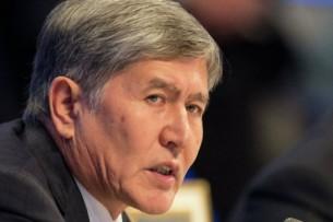 Дело Текебаева: Адвокаты вновь просят допросить Атамбаева