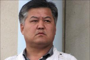 Бектур Асанов призывает президента принять меры против Райыма Матраимова