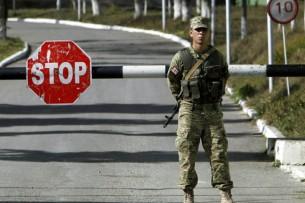 Пограничники Кыргызстана задержали узбекистанца с поддельными штампами в паспорте