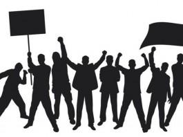 Митинг в Таласе: Народ требует извинений от Атамбаева