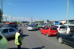 Часть бишкекских автодорог могут отдать под парковки