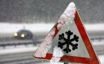 На выходных кыргызстанцев ожидает снегопад и понижение температуры