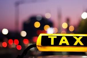 В Домодедово якобы таксист из Кыргызстана сбил полицейского при попытке проверить документы