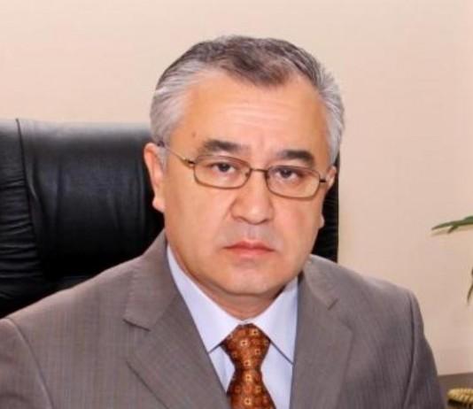 Партия «Ата Мекен» выдвинула Текебаева на должность президента КР