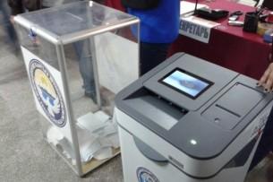 В Сузаке на четырех участках отменены итоги голосования