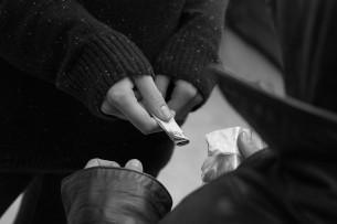 ГКНБ: За последний месяц изъято более 30 кг наркотиков. Задержан сотрудник МВД