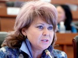 Карамушкина: Атамбаев – лидер партии, на большее он не претендует
