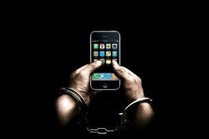 Пятилетняя девочка сдала милиционерам отца-вора, укравшего мобильный телефон