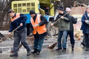 Опрос: во время пандемии 74% мигрантов потеряли работу в Москве. Доходы уменьшились или вовсе исчезли у 83% приехавших из Кыргызстана