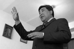 Депутат напомнил коллегам историю Садыра Жапарова