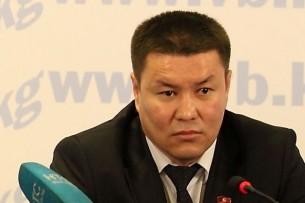 Депутаты парламента Кыргызстана хотят отправить в отставку спикера Каната Исаева. На его место будет выдвинут Талант Мамытов