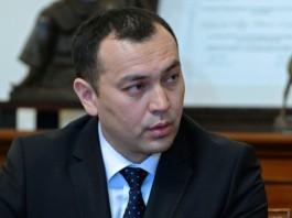 Погиб вице-премьер-министр Темир Джумакадыров