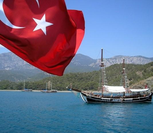 Власти Кыргызстана призывают Турцию предоставить доказательства участия членов ФЕТО в беспорядках в республике