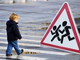 В России 6-летнего мальчика, сбитого автомобилем, следователи признали пьяным