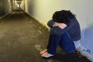 Кыргызстанец избил и изнасиловал девушку прямо на улице в Подмосковье