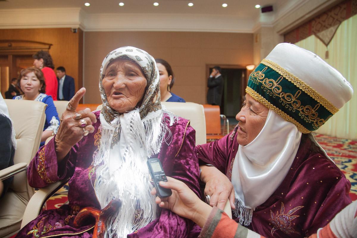 Картинки по запросу мать героиня кыргызстан