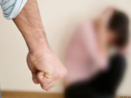 «Разорвал мнеплатье»: журналистка рассказала обизнасиловании главредом