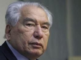 Сооронбай Жээнбеков: 90-летие Чынгыза Айтматова мы должны провести достойно