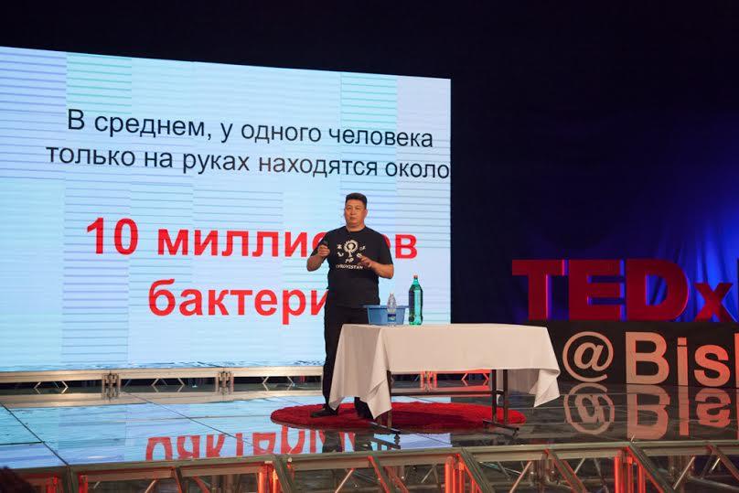 Эсен Турусбеков рассказал, что только малая часть населения моет руки после туалета