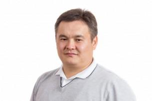 Депутат: Кыргызские грузоперевозчики не защищены, на дорогах и таможне их грабят