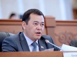 Некоторые объекты стратегических компаний Кыргызстана можно приватизировать — глава ФУГИ М.Бакиров
