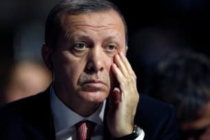 Эрдоган уснул на совместной с Порошенко пресс-конференции