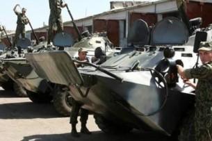 Пора Кыргызстану самому финансировать армию, — президент