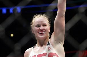 Антонина Шевченко осталась чемпионкой мира по тайскому боксу