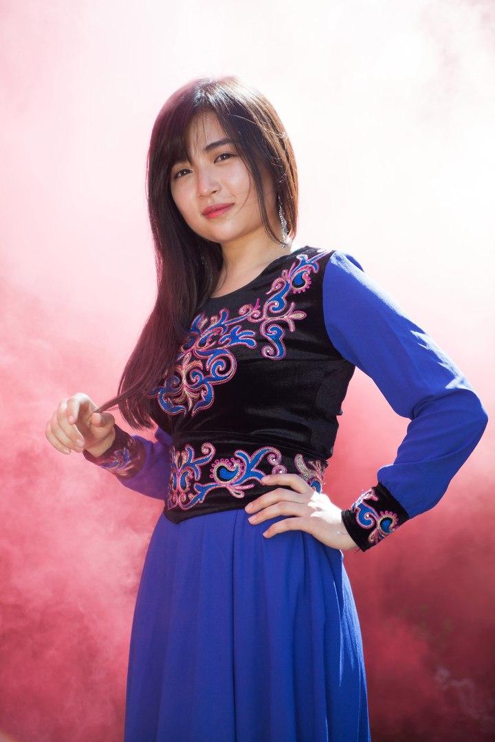 самые красивые киргизки фото фотографию или