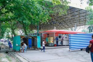 На месте столичного мини-рынка «Айчурек» построят современную многоуровневую парковку