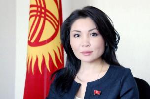 Эльвира Сурабалдиева обвинила депутатов-мужчин в ущемлении прав женщин в политике