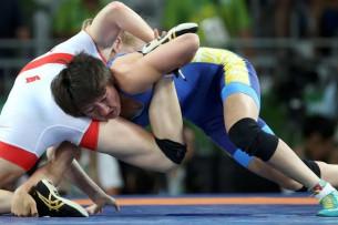 Айсулуу Тыныбекова примет участие в чемпионате по женской борьбе в Париже