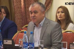 Омурбек Текебаев: Поправки в Конституцию вернут страну в 2010 год