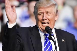 Полиция применила слезоточивый газ на выступлении Трампа в Финиксе