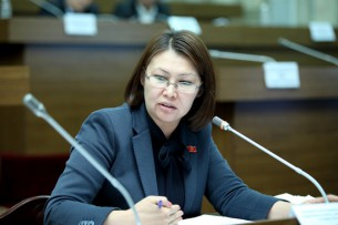 Вице-спикер ЖК КР Алтынай Омурбекова: Выборы не были ни чистыми, ни честными
