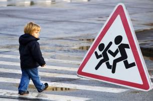 Задержан водитель авто, сбивший 8-летнюю девочку в Токмоке
