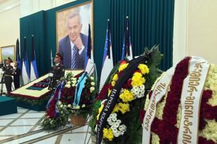 Расширенное заседание саммита глав государств СНГ началось с минуты молчания по Исламу Каримову