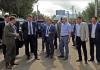 Глава правительства ознакомился с ходом строительства внутренних дорог Каракола