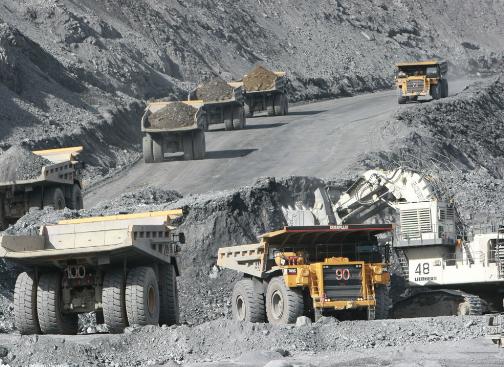 Минэкономики: Таможенные пошлины на вывоз руды оставят Кыргызстан без инвесторов