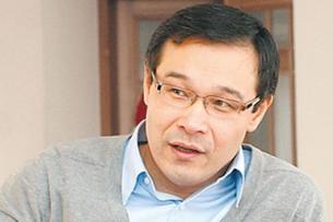 Политолог: Сообщение Сапара Исакова поставило под удар Атамбаева