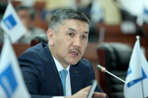Курманбек Дыйканбаев дал показания против депутата Торобая Зулпукарова — СМИ