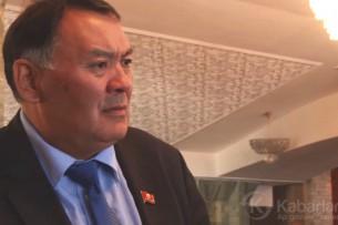 «Ме э…!» : «Стыдливый» депутат Камчыбек Жолдошбаев снова отличился