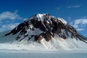 Гляциолог: Ледники Кыргызстана отступают из-за глобального потепления, человеческий фактор ничтожен