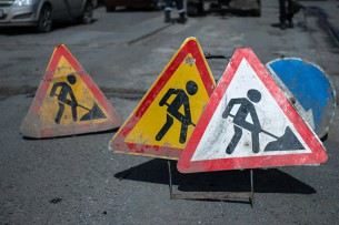 Сооронбай Жээнбеков ознакомился с ходом реконструкции внутренних дорог Чуйской области